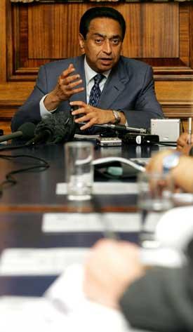 - Forsiktig framgang i WTO-forhandlingene, sier Indias handelsminister Kamal Nath. Foto: Scanpix/AFP.