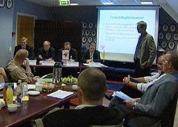 Fusjon annonsert på pressekonferanse. Foto: NRK.