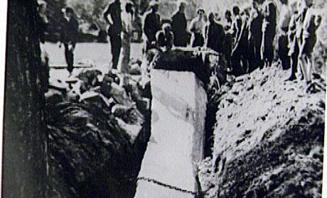 Nazibautaen ble gravd ned av motstandsfolk i 1945. Arkivfoto: SNK.