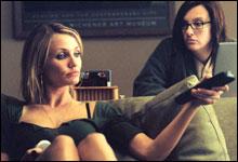 Cameron Diaz som Maggie og Toni Collette som søsteren Rose. (Foto: Fox Film)
