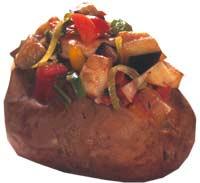 Bakt potet med ratatouille Foto: OFG, Bengt Wilson