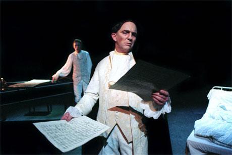Even Stormoen som Salieri i «Amadeus» på Rogaland teater. Foto: Rogaland teater