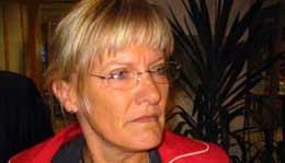 - Det er flott at forsvaret slutter med hvitt fosfor, sier Karin Andersen (SV)