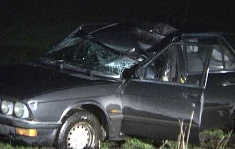 Bilen til mannen fikk store skader. (Foto: Petter Vidar Vågsvær)