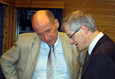 Søsknenes forsvarer Ådne Almbakk (tv) og kommunens advokat John Bergem