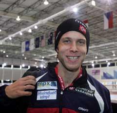 Eskil Ervik var strålende fornøyd med sin 1500 meter i B-gruppen. (Foto: Terje Bendiksby / SCANPIX)