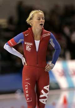 En skuffet Annette Bjelkevik etter 1.18.18 1000 meter. (Foto: Terje Bendiksby / SCANPIX)