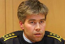 Reporter Sjur Sætre møter politiinspektør Atle Roll-Matthiesen (bildet) på hans kontor. Foto: Knut Fjeldstad / SCANPIX