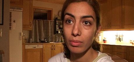 Avin Yousef (22) risikerer å bli sendt til Iran på fredag. - Jeg kan bli drept, sier hun (Foto: Stein Schinstad)