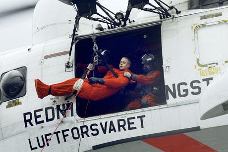 Et av Forsvarets Sea King helikoptre under øvelse. Foto: Jan-Morten Bjørnbakk, SCANPIX .