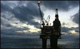 OLJEPENGER: Til neste år skulle bruken av oljepenger økes med fem milliarder kroner. Den siste tidens kursfall har imidlertid radert ut mesteparten av den planlagte økningen av oljekroner.