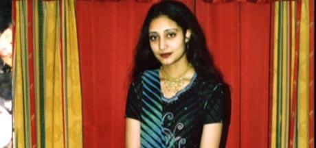 20 år gamle Rahila Iqbal ble funnet død etter at bilen hun satt i hadde kjørt ut i en kanal i Pakistan i juni i år. (Arkivfoto: Privat)