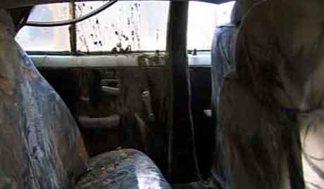 Dagen før Rahila Iqbal ble funnet død i denne bilen i Pakistan, ble norsk politi varslet om drapsplaner. Arkivfoto: NRK