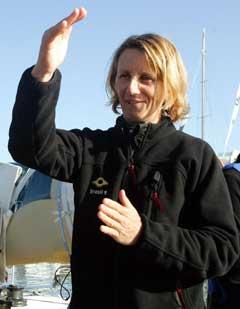 """""""Brasil 1s"""" navigatør Adrienne Cahalan etter målgang i Cape Town. (Foto: Reuters/Scanpix)"""