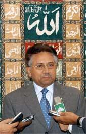Pakistans president Pervez Musharraf sier at en av topplederne i Al Qaida er drept. Foto: Reuters/Scanpix