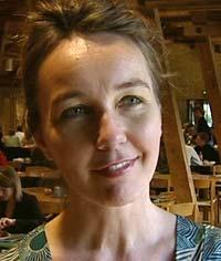 — Det handler om å bruke sin nysgjerrighet, sier Birgitte Sally som holder kurs i «small talk».