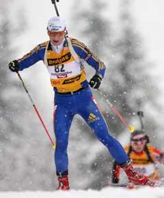 Anna Carin Olofsson på vei til sin første seier i verdenscupen. (Foto: Reuters/Scanpix)