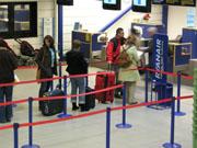 1,2 millioner passasjerer var innom Torp i 2005. Foto: Per Foss, NRK