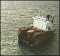 Akterenden da den fortsatt lå over vann ved Grøtøy.