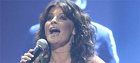 Carola synger skal synge for flodbølgeofrene. Foto: Scanpix.