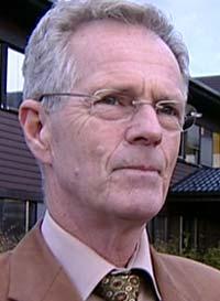 Rådmann Arne Jensen mener kommunen vil få problemer dersom flere funksjonshemmede nå vil flytte til hans kommune i håp om å få et bedre liv.