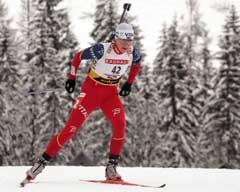 Liv Grete Poirée på vei til 5. plass i Hochfilzen (Foto: Reuters/Scanpix)
