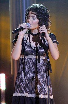 Katie Melua varmet Oslo Spektrum med sin vakre sang. Foto: Jørn Gjersøe, nrk.no/musikk.