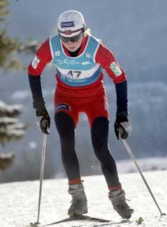 Kristin Mürer Stemland på vei til sjetteplass i Canmore. (Foto: Lise Åserud / SCANPIX)