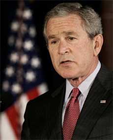 George W. Bush har innrømmet at han baserte krigen mot Irak på feile etterretningsopplysninger. (Foto: Jim Young/ Reuters/ Scanpix)