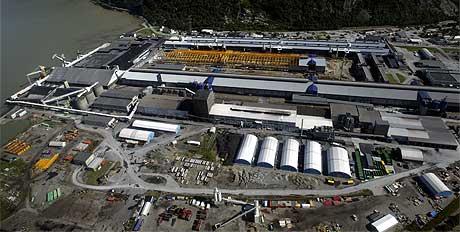 BLIR INDUSTRIPARK: Anlegget til Hydro Aluminium i Sunndal. Foto: Scanpix.