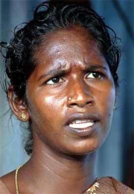 Geetha vil ikke slippe jubelen helt løs før barnet hennes er født. (Foto: Scanpix / Reuters)