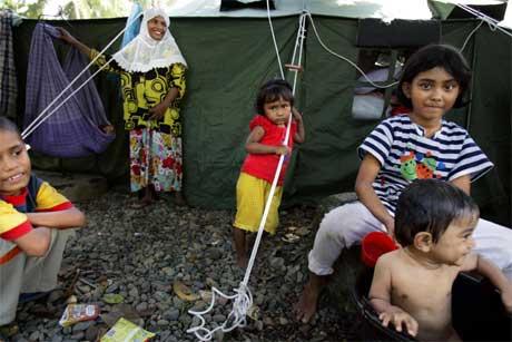 Indonesiske barn lider mest etter flodbølgekatastrofen for et år siden. Dette bildet ble tatt I Banda Aceh i januar. (Foto: Lise Åserud/ Scanpix)