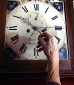 Sumerarane delt inn døgnet i timar, minutt og sekund. Foto: NRK