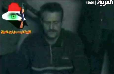 Et stillbilde fra videoen som ble sendt i dag. (Foto: Scanpix / AFP / Al-Arabiya)