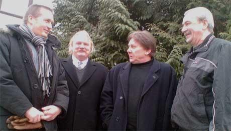 Bjørn Sagvolden, Ulf Fredriksson, Henning Haug og John A. Haugestad mener nordsjø-dykkerne må få erstatning. MMS-bilde: Anders Engeland