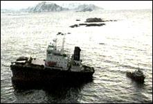"Det havarerte lasteskipet ""John R"" (foto: NRK)."