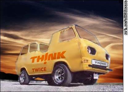 Juni 2006: Elbil-produsenten Think på Aurskog lanserer Think Twice, bilen som kan kjøre både forover og bakover.