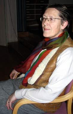 Rigmor Skålholt, daglig leder på Granly, mener det er skammelig å kutte ta bort musikklæreren. (Foto: Jorun Vang/NRK)