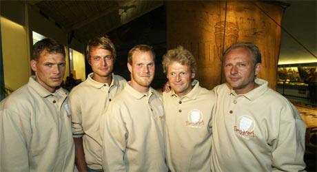 f.v. Torgeir Sæverud Higraff, Olav Heyerdahl, Inge Meløy, Anders Berg og Dag Oppen-Berntsen skal følge i Thor Heyerdahls kjølvann. (Foto: Terje Bendiksby/SCANPIX)