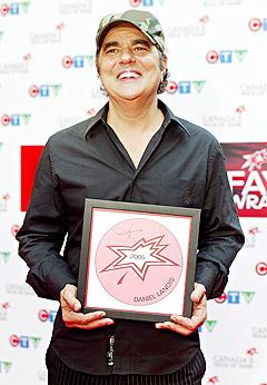 Daniel Lanois fikk sin stjerne på Canadas Walk of Fame i Toronto i juni i fjor. Foto: Tobin Grimshaw, AP Photo / Scanpix.