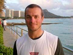 Henrik Bjørnstad på Hawaii. (Foto: Øystein Ingdahl/NRK)