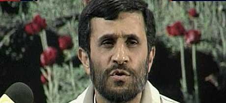 Irans president Mahmoud Ahmadinejad uttalte seg under pressekonferansen i dag. (Foto: AP/Scanpix)