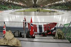 Europamesterskapet på skøyter i Vikingskipetunder utsettelsen lørdag på grunn av feil i det tekniske anlegget. Foto: Bjørn Sigurdsøn / SCANPIX