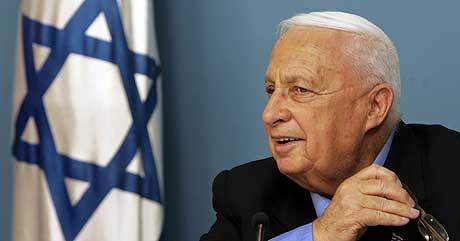 Israels statsminister Ariel Sharon under en pressekonferanse i november i fjor. (Foto: AFP/Scanpix)