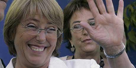 Michelle Bachelet kan bli Chiles første kvinnelige president. (Foto: AP/Scanpix)