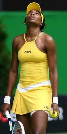Venus Williams var ikke fornøyd etter å bli slått ut i Melbourne (AFP PHOTO/MARK RALSTON)