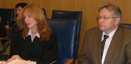 Advokat Anne kroken er forsvarer for Andreas Drarvik. Foto: Gisle Jørgensen