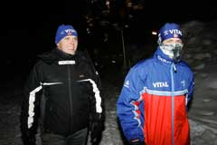 Ole Einar Bjørndalen og han personlige motivator Øyvind Hammer. (Foto: Heiko Junge / SCANPIX)
