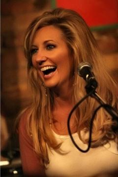 Lee Ann Womack (Foto: www.leeannwomack.com)
