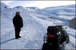 Den svenske investoren bak alpinplanene, Christian Pettersson, og selskapet Eikesdal Alpin får ikke frakte alpinturister med skuter. Foto: Gunnar Sandvik